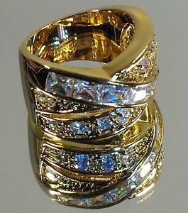 Beautiful-034-Crossover-034-Ladies-Gold-Ring-Swarovski-amp-Cubic-Zirconia-stones-NEW