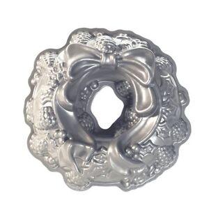 Nordic-Ware-Holiday-Wreath-Bundt-Cake-Pan-Cast-Aluminum-10-Cup-Platinum-Coll
