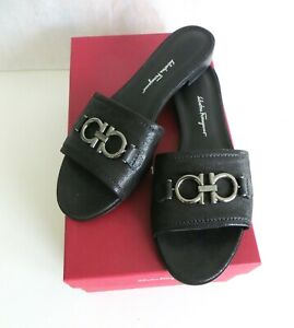 $550 Salvatore Ferragamo Gancini Logo Hardware Leather Sandal 8.5 Rhodes Slide