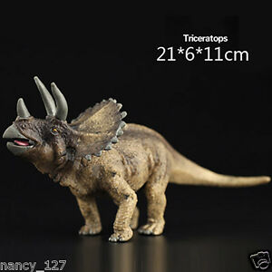 Triceratops Prehistoric Dinosaur Model Figurine Animal Figure Toy Collectible
