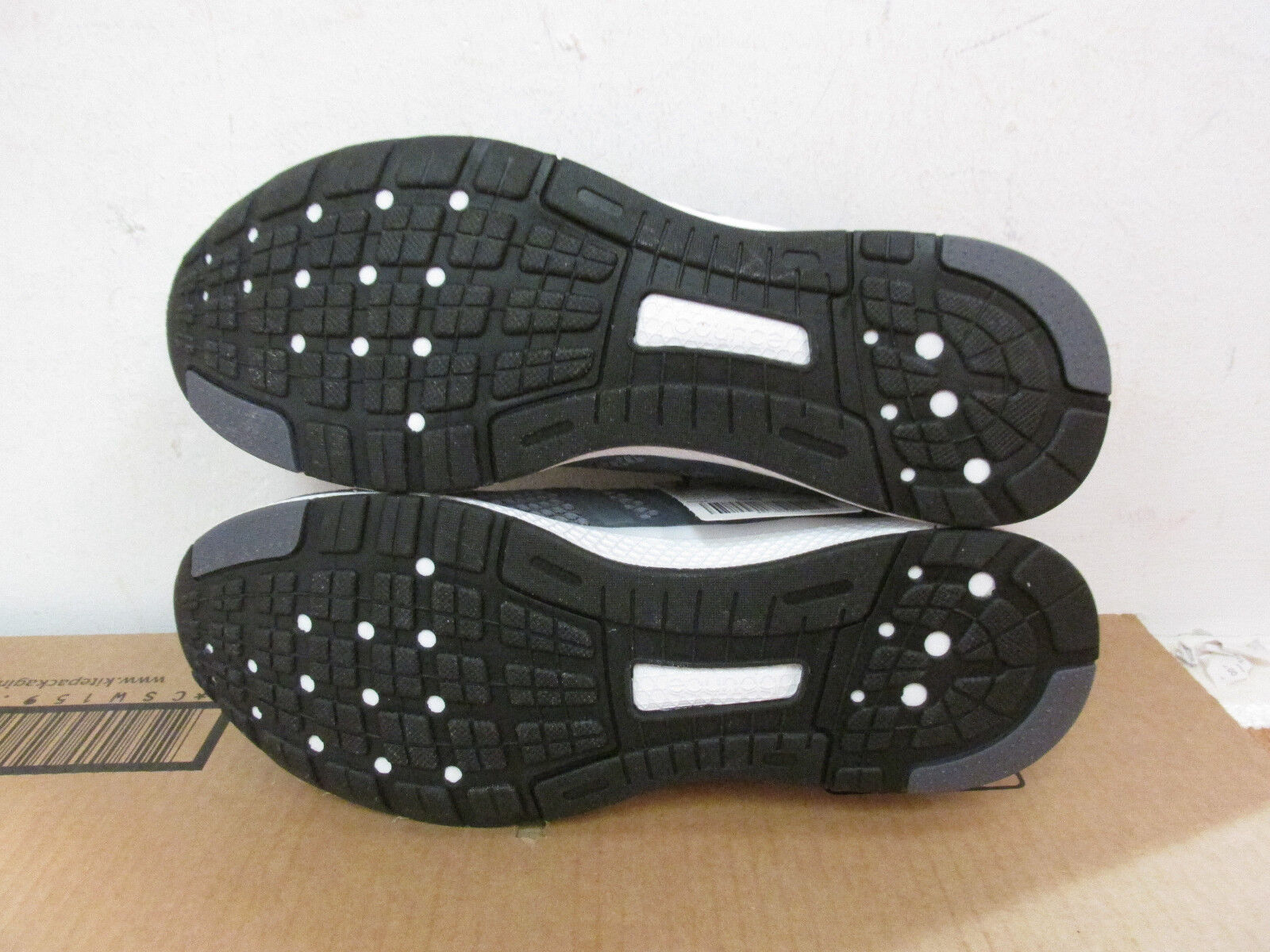 Adidas Turnschuhe Mana Bounce B42432 Herren Turnschuhe Adidas Sneakers Probe 2f8bdb