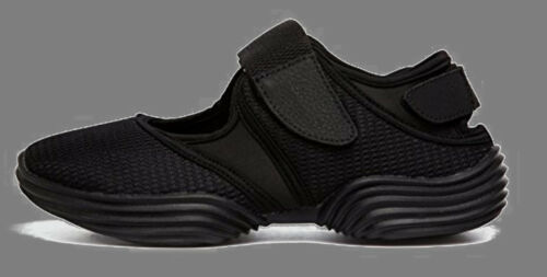 Shoes for Yoga//Beach//Quiet-Apartment Activity//Breathable//All Black//Easy Velcro!!