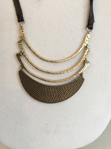 Lucky Brand Gold Tone Curved Multi Pendant $49 With Leather #204