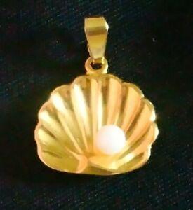 Pendentif en Plaqué Or Forme de Coquille et Petite Perles / Vintage