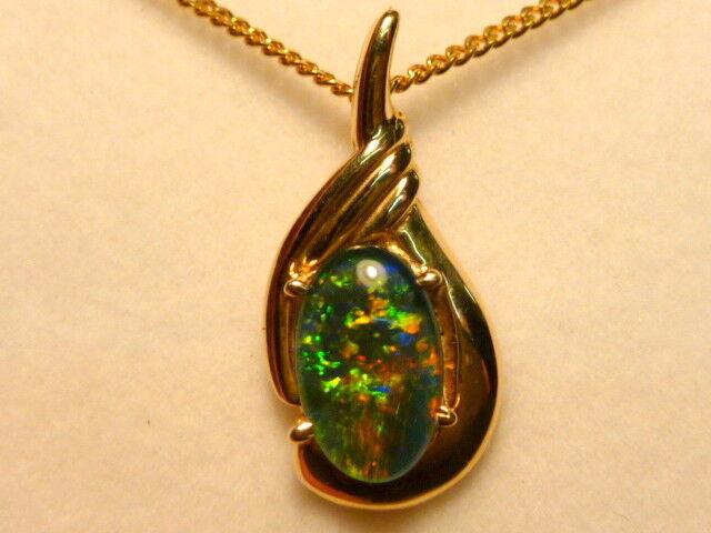 Opal Pendant 14ct gold 10 x6mm Oval Triplet Item 080022.