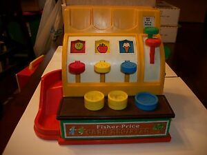 Vintage-1974-Fisher-Price-Cash-Register-926-with-3-Coins