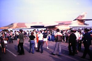 2-70-Rockwell-B-1-Lancer-USAF-and-loads-of-People-Kodachrome-Slide