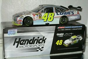 2010-Jimmie-Johnson-48-Lowe-s-AUTOGRAPHED-FLASHCOAT-SILVER-1-24-car-634-766-WOW