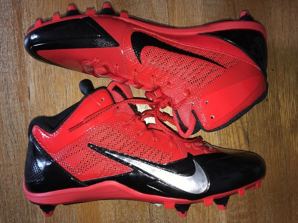 Mens Black & Red Nike Alpha Pro 3/4 D Football Cleats, Comfortable