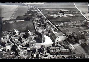 BALLANCOURT-91-STADE-de-FOOTBALL-VILLAS-amp-EGLISE-en-vue-aerienne-vers-1950