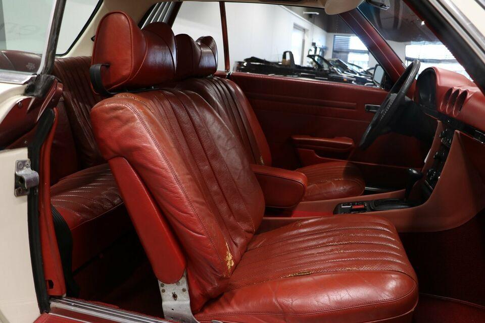 Mercedes 450 SLC 4,5 Benzin modelår 1975 km 106000 Hvid