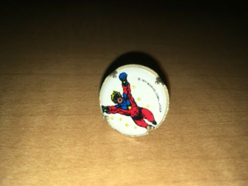 "Captain Marvel Vintage 1977 Marvel Comics Bubblegum Machine 1/"" Plastic Ring"