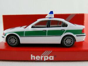 Herpa-044288-bmw-3er-Limousine-1998-034-policia-034-en-blanco-verde-1-87-h0-nuevo-en-el-embalaje