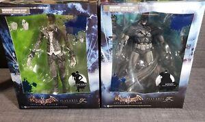 Play-Arts-Kai-BATMAN-and-The-JOKER-Arkham-Asylum-black-amp-white-Ed-Figurine-NEW