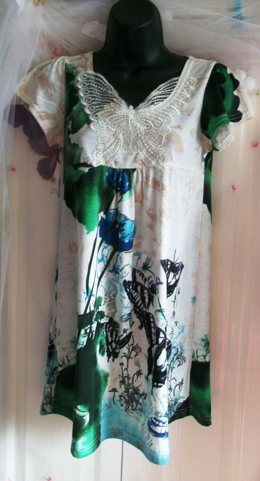 Pretty Yumi Dress  Tunic -butterfly design shoulder print.gorgeous. size s m