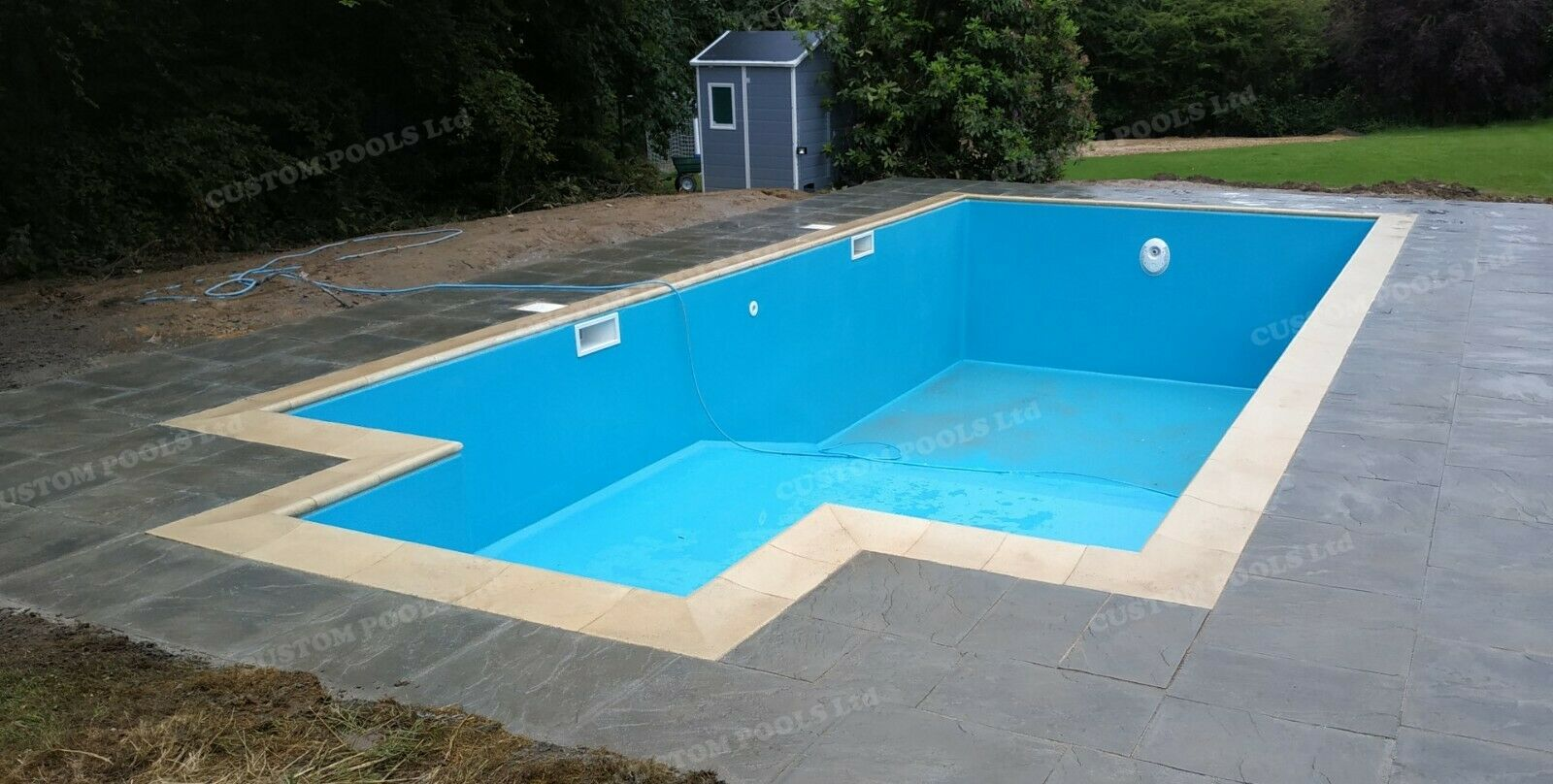 Fibreglass Polyester SWIMMING POOL 10m x 5m x 1,80m insulated in-ground ALL UK