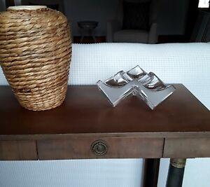 Vintage-Daum-Triform-Cube-Crystal-Art-Glass-Sculpture-France-Ashtray-Signed