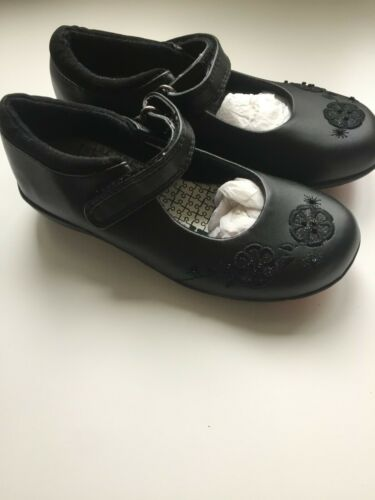 Black girls/' shoes with floral detail in sizes 8 11 9 13 uk childs