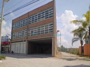 RENTA BODEGA CON OFICINAS ,LOCALES COMERCIALES
