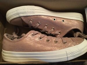 converse taupe