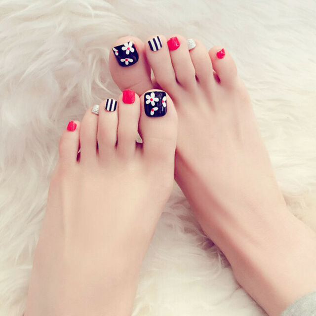 24pcs Cute Flower Short False Fake Artificial Toe Nails Tips Nail Art Tools