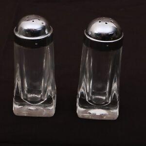 Clear-Glass-Salt-amp-Pepper-Shaker-With-Metal-Lids