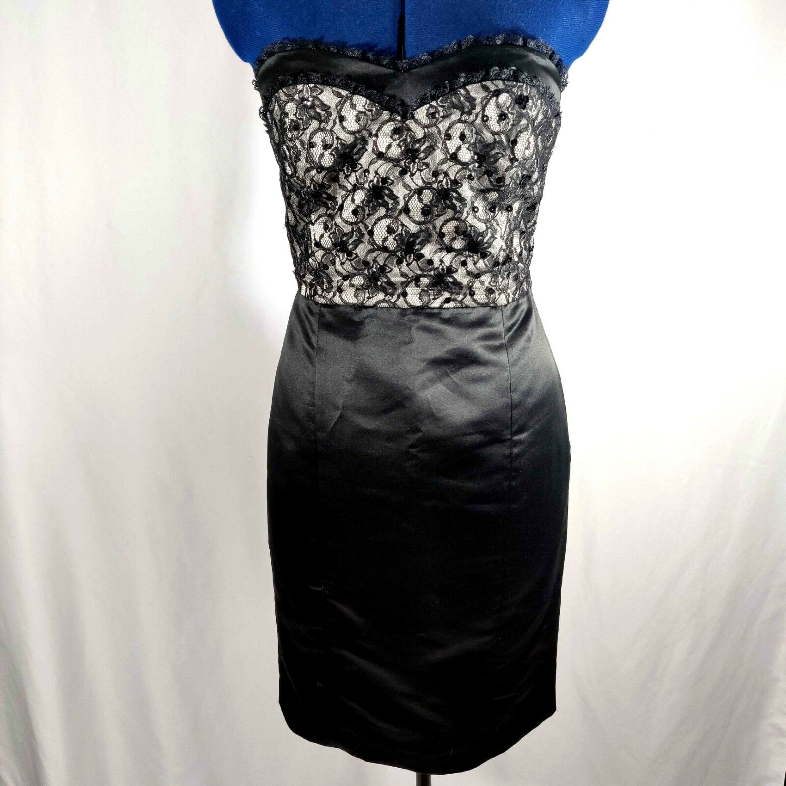 BETSEY JOHNSON Dress Sheath Lace Overlay Satin Skirt Kick Pleats Sweetheart Neck