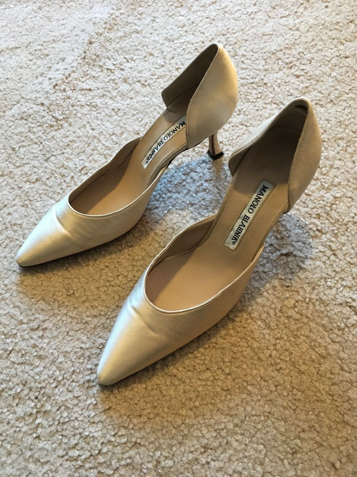 Manolo Blahnik Color Color Color Beige Satin señaló-Toe Zapatos De Tacón Talla 35 auténtico d 'Orsay  gran venta