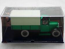 Miniature En voiture Tintin L'oreille cassée Camion Militaire STEWART Moulinsart