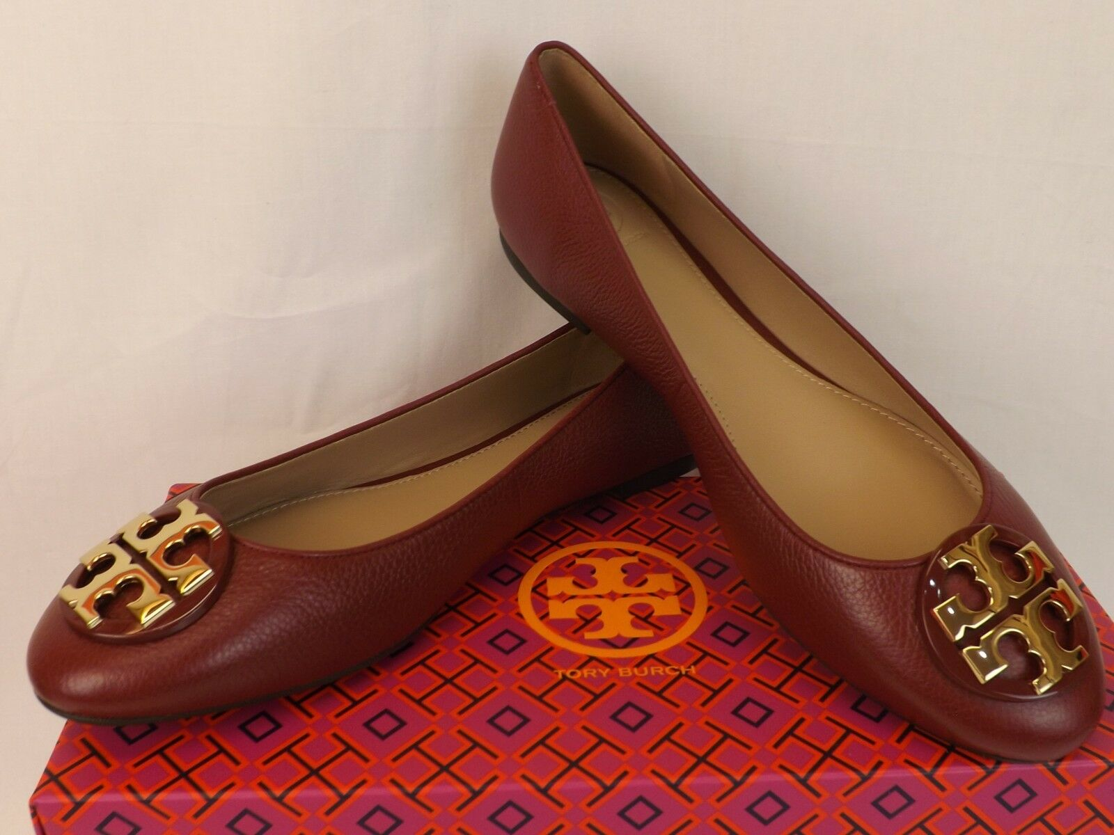 NIB TORY BURCH CLAIRE RED AGATE TUMBLED LEATHER gold gold gold TONE REVA BALLET FLATS 9 ca4122