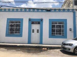 INMUEBLE EN RENTA PARA OFICINA EN CAMPECHE EN EL BARRIO DE GUADALUPE