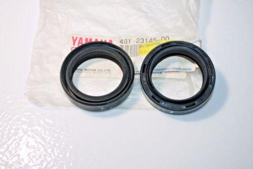 2 new oem yamaha Fork Oil Seals it175 xt350 ty350 tt500 xt500 48y-23145 it400