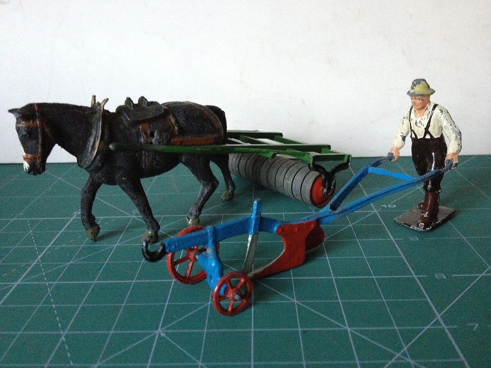 BRITAINS 1 32 VINTAGE BRITAINS HORSE ROLLER 54mm lead  SINGLE PLOUGH  VER FOTO
