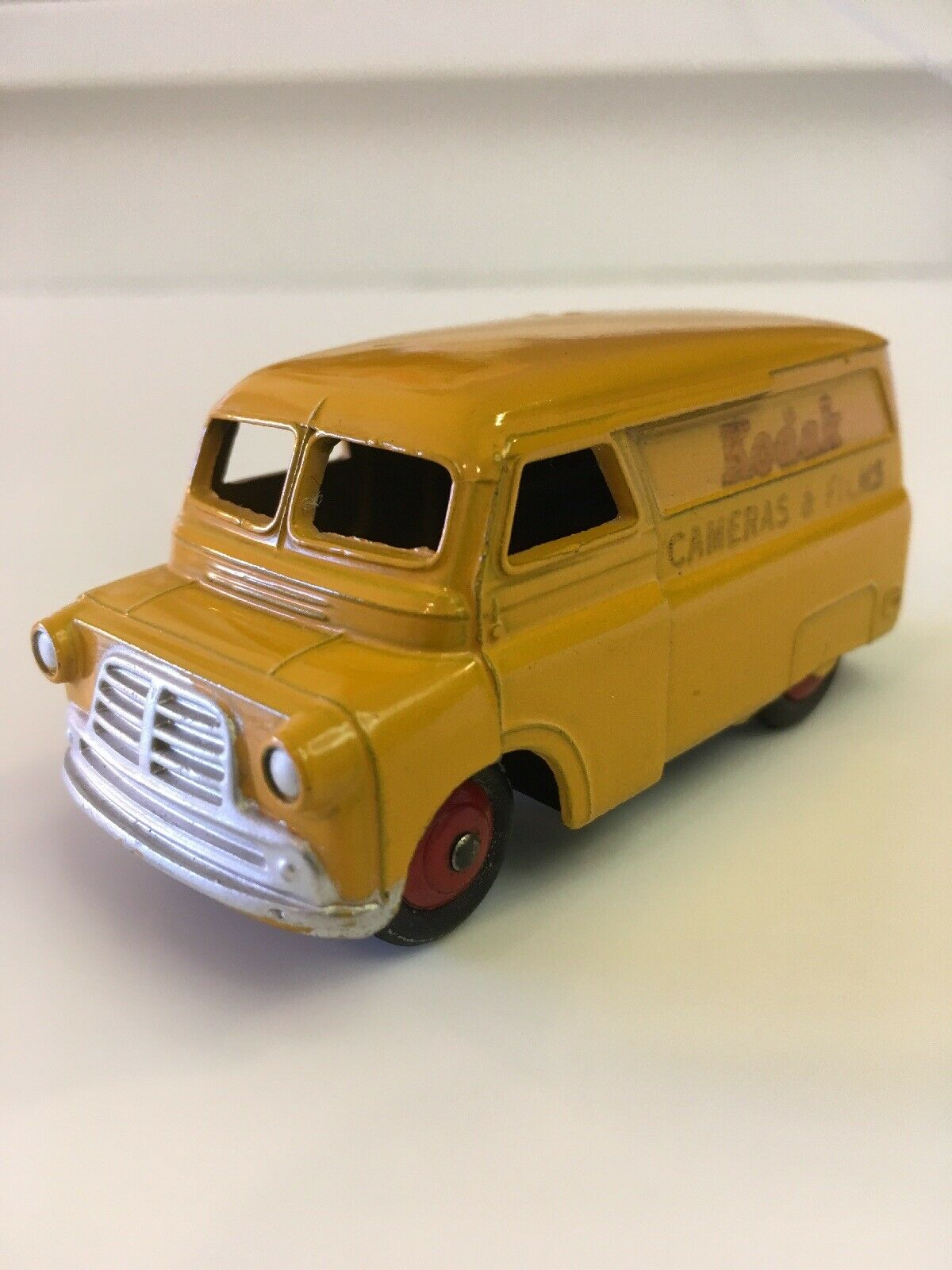 DINKY TOYS MECCANO BEDFORD KODAK  caméras & films Van NO.480G 1954 jaune  vente discount en ligne bas prix