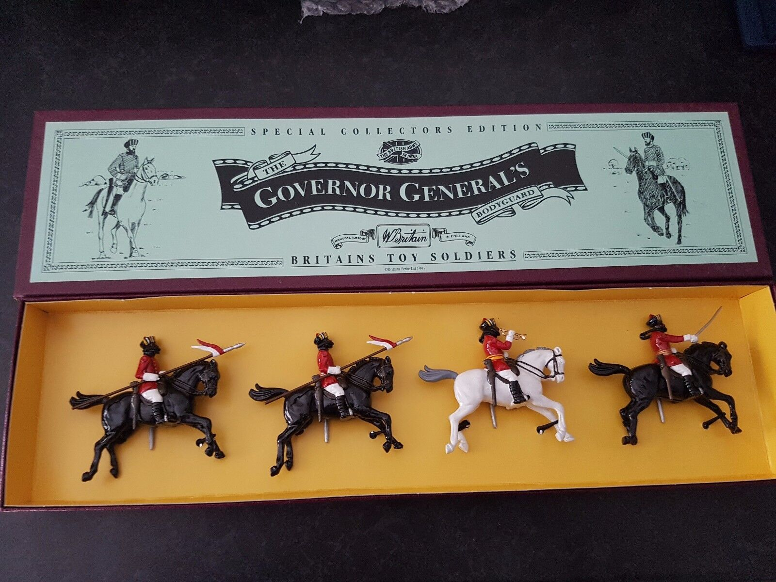Britain's set 8843 The Governor Generals Body Guard