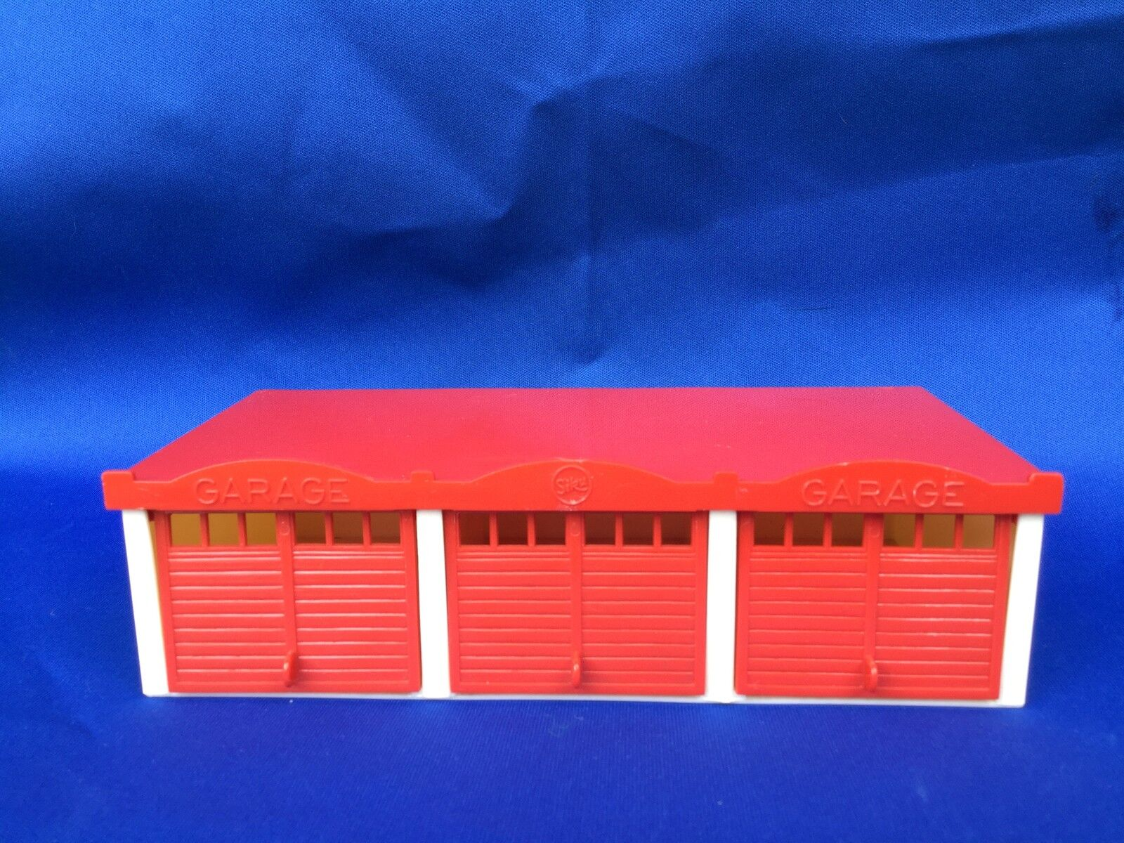 productos creativos Siku plástico v561 grande garaje serie V V V  costo real