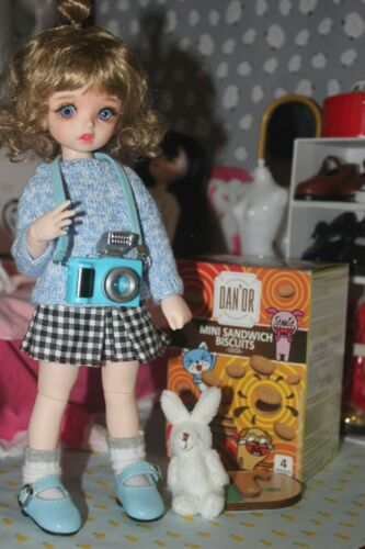 Random Eyes without Any Makeup Boy OR Girl 1//6 BJD SD Doll Carol Bare Doll