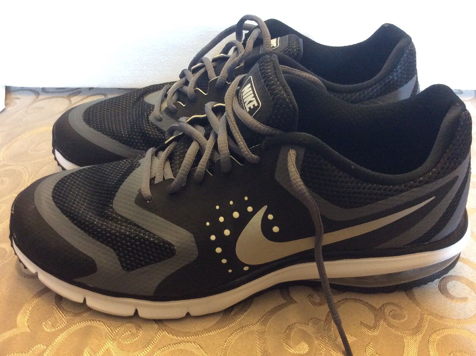Nike Max Premiere Running shoes Men Size 11 New Black