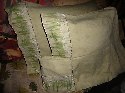 CROSCILL ORCHIDS AND NARCISSUS GREEN FLORAL (3) QUEEN PILLOWCASES 19 X 33