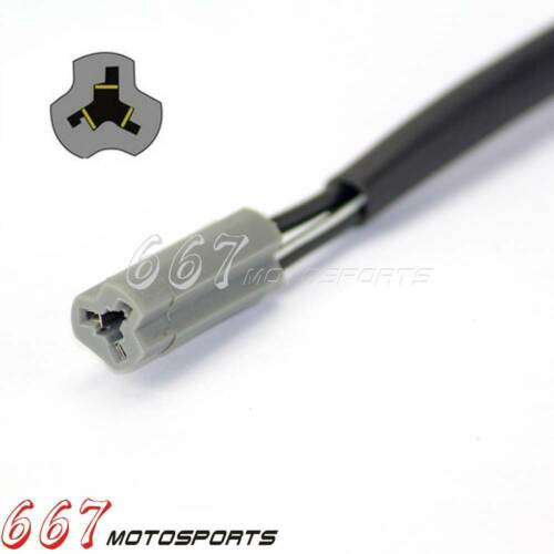 Turn Signals Wiring Adapter Plugs 3 Pin For Suzuki GSF1200 1200S Bandit GSX-R600