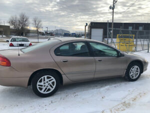 $1900  - 2001 Chrystler Intrepid - 155,000km - No Issues!