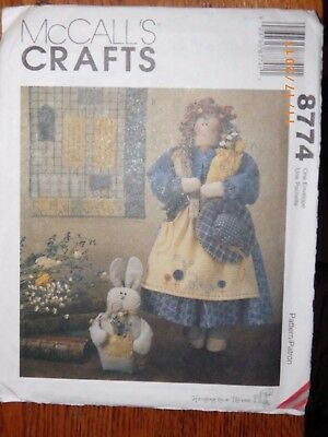 "8774 UNCUT McCalls Sewing Pattern Craft 19/"" Garden Doll Quilt 8/"" Bunny FF Spring"