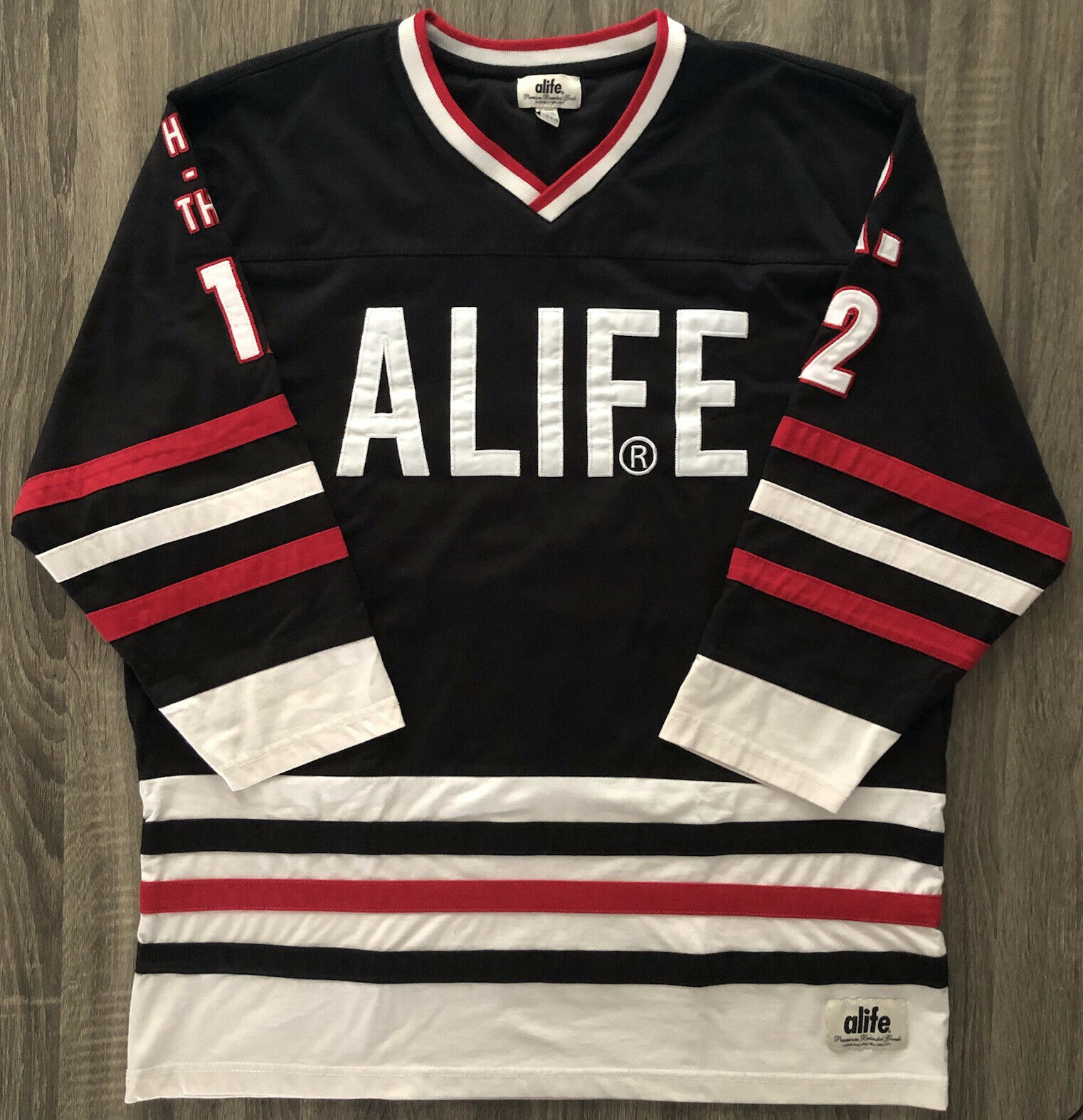 Alife Men's Kels Hockey Jersey #12 Hug-A-Thug Size XL Black/White/Red