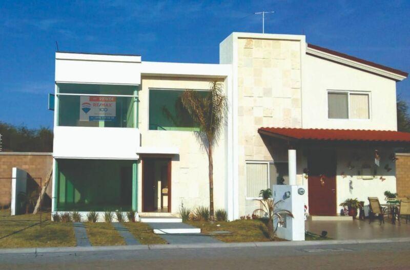 Casa en Venta en Las Plazas al Norte de Ags.