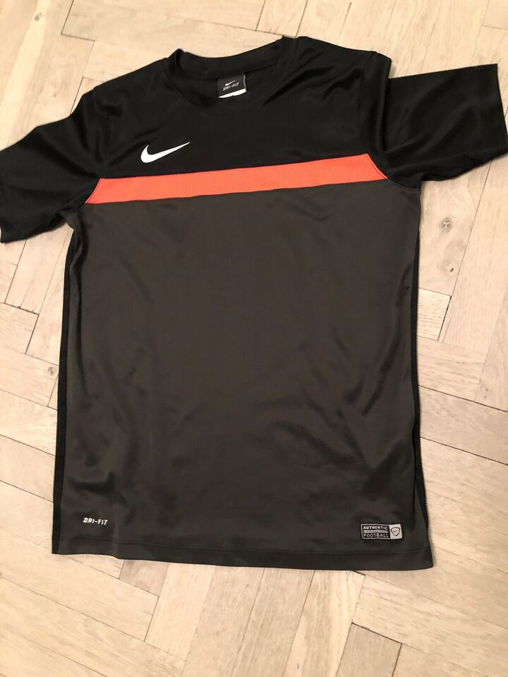 Sportstøj, Fodboldtøj, Nike