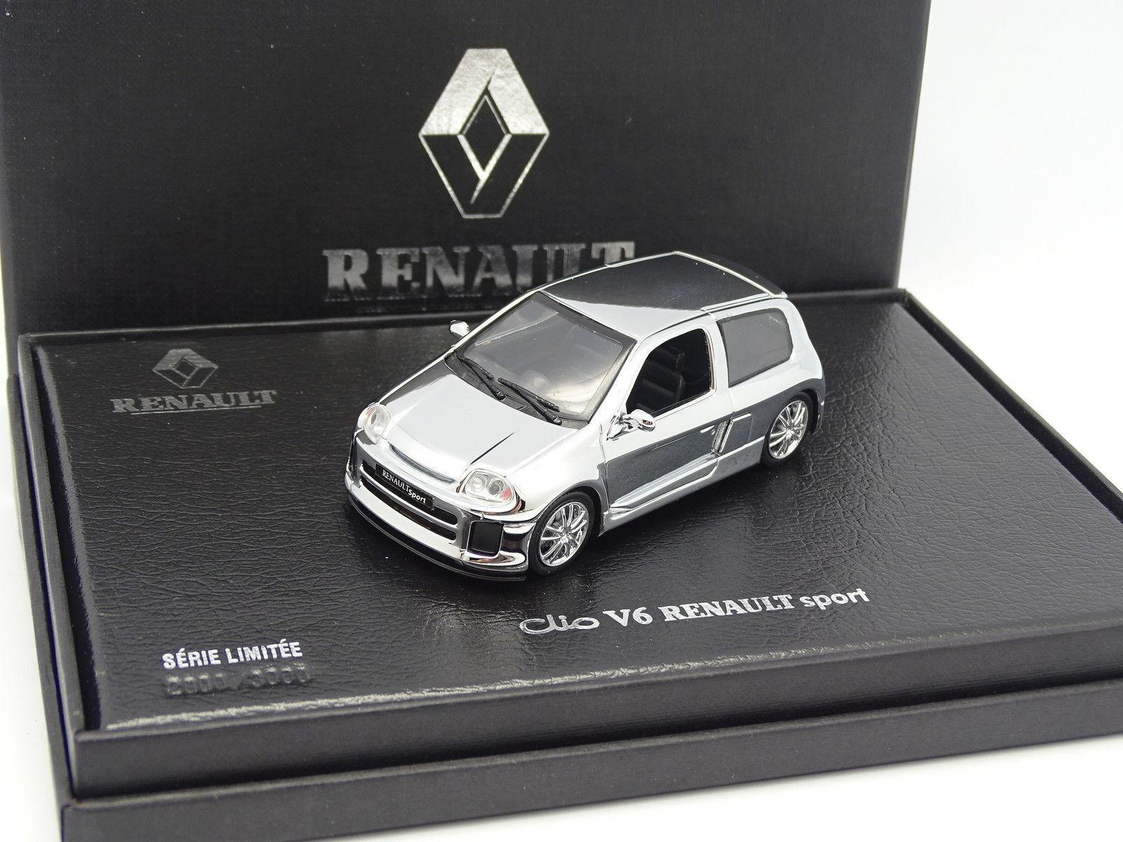 UH 1 43 - Renault Clio V6 Renault Sport Chrome