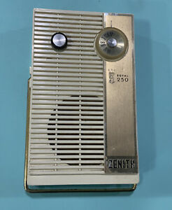 Nice Zenith 250 Royal All Transistor Radio Brown Beige Color Tested Works