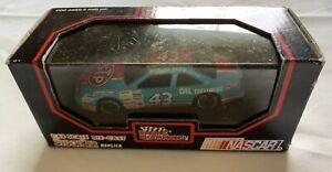 1992-NASCAR-Racing-Champions-Stock-Car-STP-Richard-Petty-43-1-43
