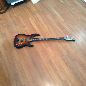 carvin bass guitar 24 frets lb70 with hard case ebay. Black Bedroom Furniture Sets. Home Design Ideas