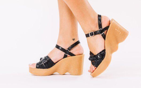 Nuevo famolare Negro Cuero Hola Nudo Tacones Tacones Tacones Zapatos Sandalias de Cuña tan rápido tamaño 5  80% de descuento